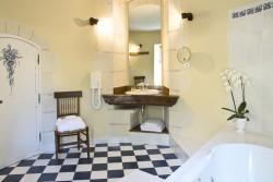Salle de bain de la chambre Descartes